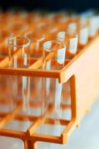 Próbówki laboratoryjne